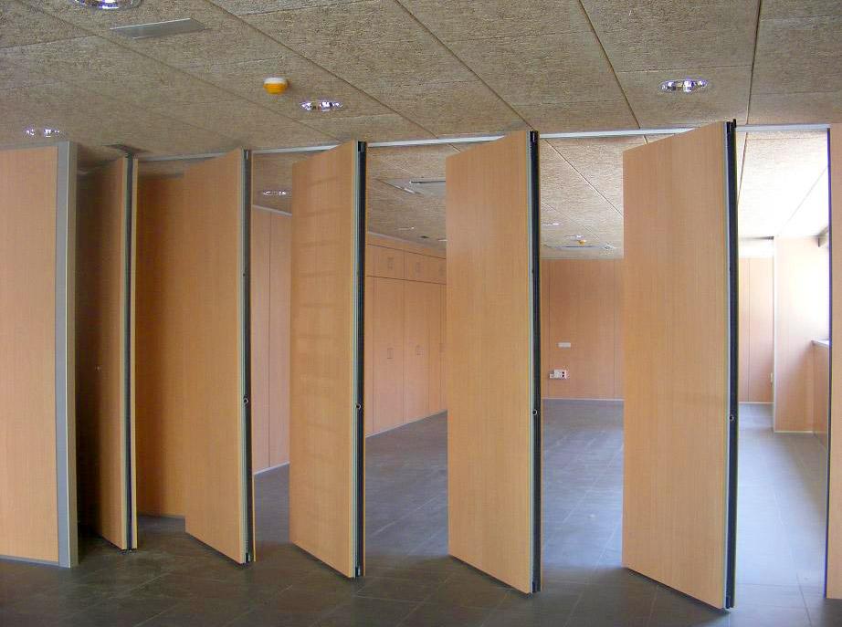 Tabiques m viles para aprovechar el espacio oficines - Tabiques divisorios moviles ...