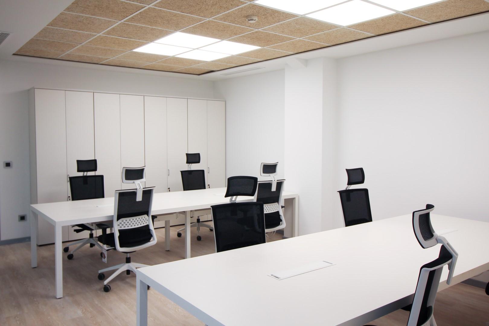 Proyecto 5 tenedores oficines muebles de oficina en for 5 muebles de oficina
