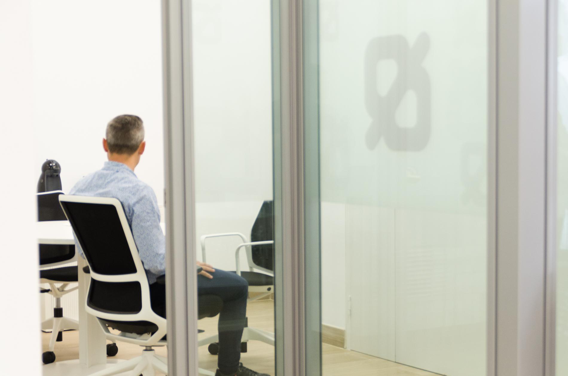 Proyecto caixa popular oficines muebles de oficina en for Oficinas de caixa popular en valencia